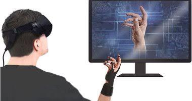 """ابتكار """"جوانتى"""" الواقع الافتراضى يسمح لمرتديه بالإحساس بالأشياء الرقمية"""