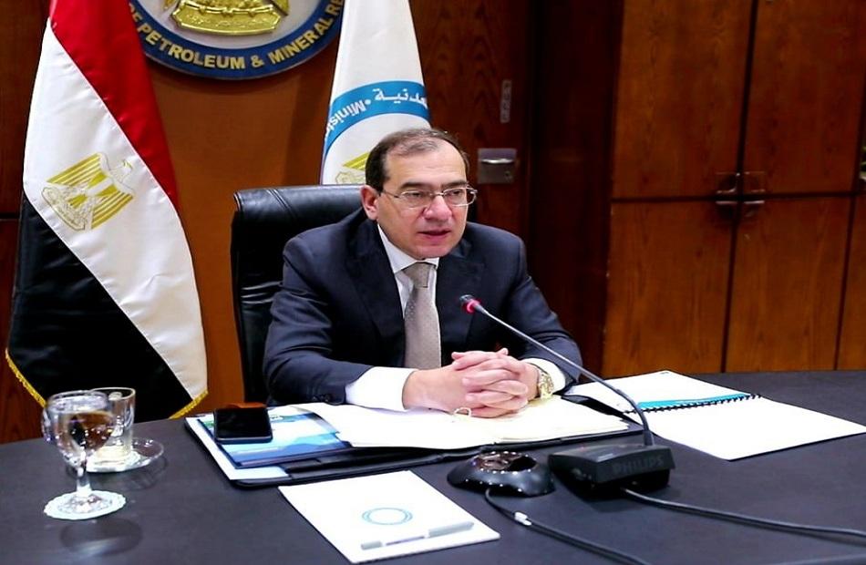 وزير البترول يهنىء السيد رئيس الجمهورية والشعب المصرى بأنتصارات اكتوبر